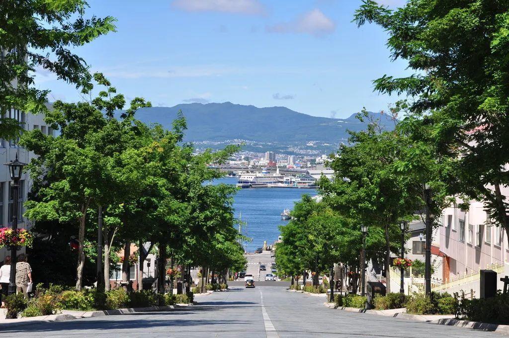 文化旅游市场火爆,特色小镇规划设计应如何创新?